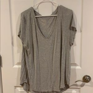 Xl Womens Striped V-Neck Tee